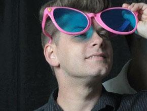 Jason Parsley with sunglasses
