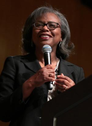 Anita Hilll photo